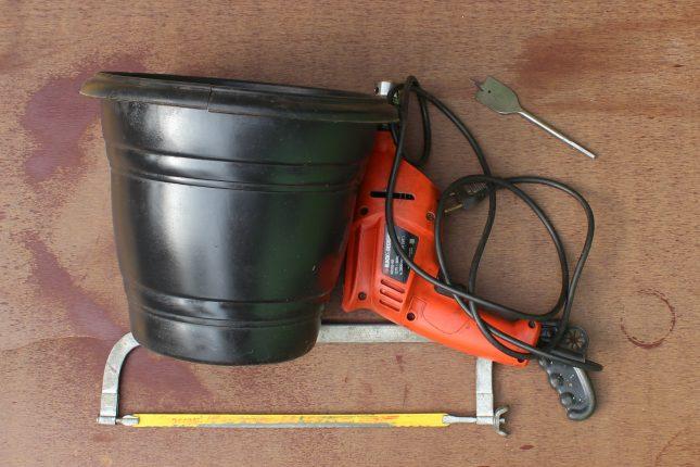 materiais e ferramentas necessarias para fazer o tunel de minhocas